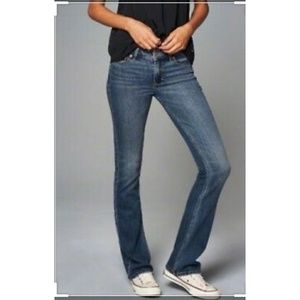 A&F perfect stretch Emma jeans size 28